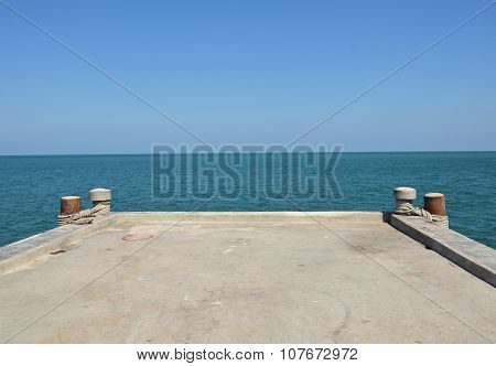 jetty end on the sea