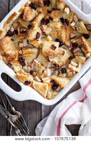 Bread pudding breakfast casserole with pear