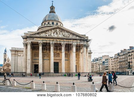 Pantheon In Paris