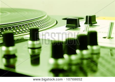 Professional Mixing Controller And Vinyl