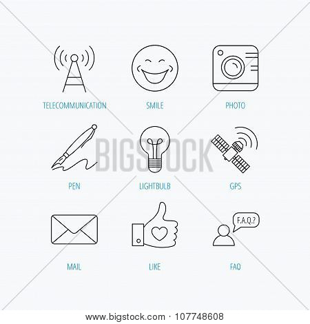 Mail, photo camera and lightbulb icons.