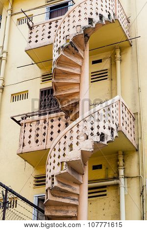 Victorian Style Spiral Staircase In Singapore