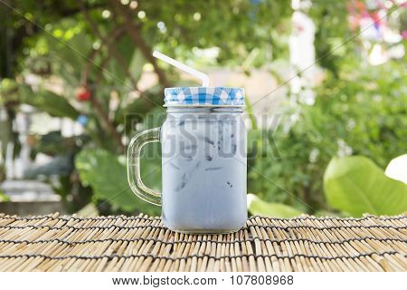 Ice Pigeonwings (butterfly Pea) Tea With Milk
