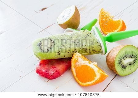 Fruit juice ice pops