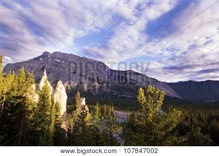 Hoodoos and Mount Rundle