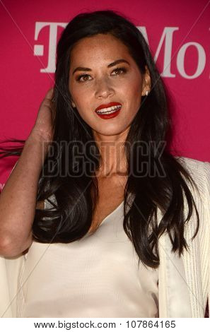 LOS ANGELES - NOV 10:  Olivia Munn at the T-Mobile Un-carrier X Launch Celebration at the Shrine Auditorium on November 10, 2015 in Los Angeles, CA