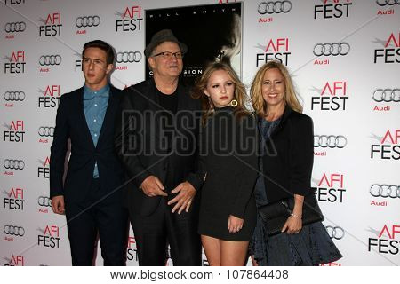 LOS ANGELES - NOV 10:  Albert Brooks at the AFI Fest 2015 Presented by Audi -