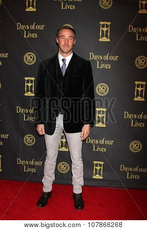 LOS ANGELES - NOV 7:  Kyle Lowder at the Days of Our Lives 50th Anniversary Party at the Hollywood Palladium on November 7, 2015 in Los Angeles, CA