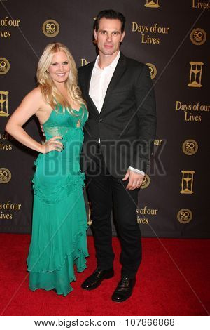 LOS ANGELES - NOV 7:  Terri Conn, Austin Peck at the Days of Our Lives 50th Anniversary Party at the Hollywood Palladium on November 7, 2015 in Los Angeles, CA