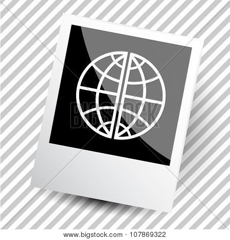 globe. Photoframe. Raster icon.