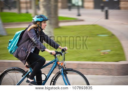 LONDON, UK - SEPTEMBER 9, 2015:  London bike commuters in Canary Wharf
