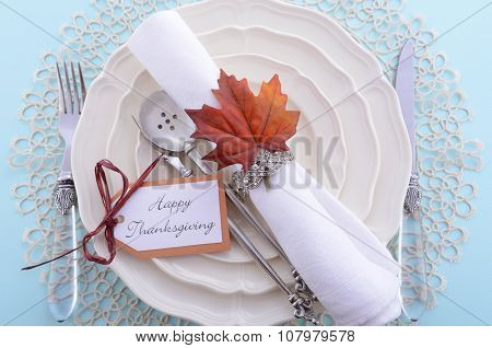 Classic Thanksgiving Table Setting