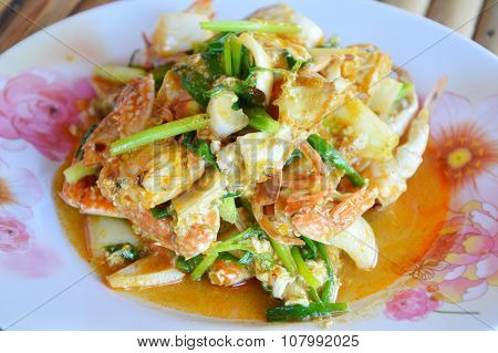 fried crab in yellow curry
