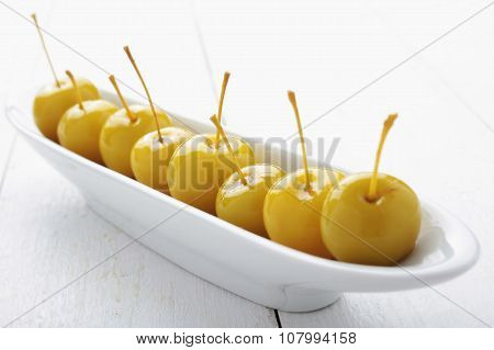 baby apples in syrup