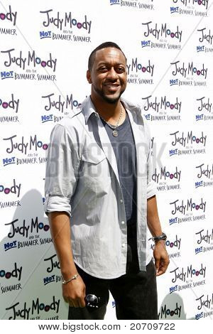 LOS ANGELES - JUN 4:  Jaleel White arriving at 'Judy Moody And The NOT Bummer Summer' Premiere at ArcLight Hollywood on June 4, 2011 in Los Angeles, CA