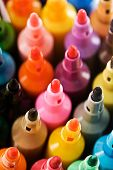 foto of sharpie  - Close up view of the tip of many coloured markers - JPG
