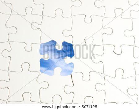 Puzzle Hole Sky