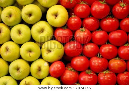Apples And Tomatos