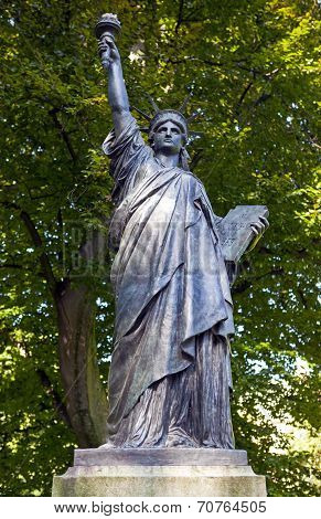 Statue Of Liberty Sculpture In Jardin Du Luxembourg In Paris