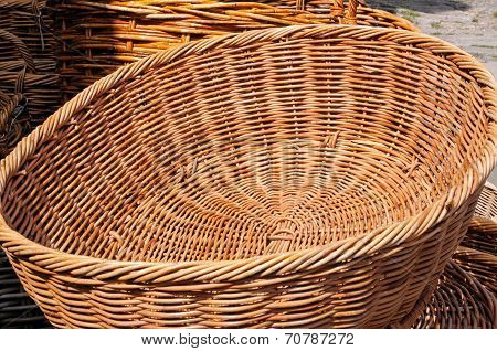 Oval wicker basket.