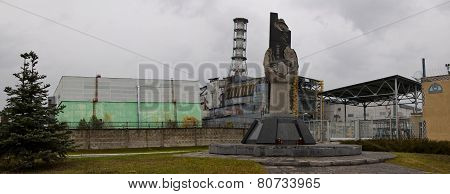 A panoramic view of the fourth reactor of the  Chernobyl nuclear power station