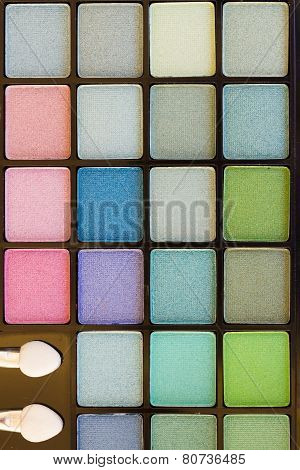 brushes on eye shadows palette
