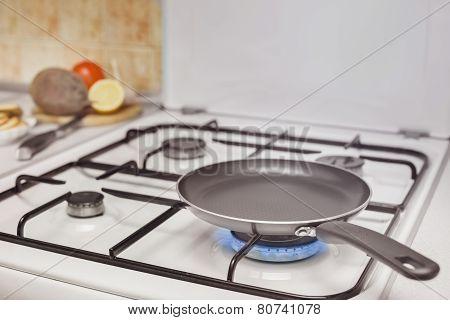 empty pan on the stove