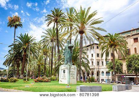 Monument Of Ramon Llull, Palma De Mallorca