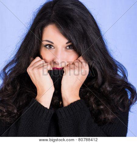 Brunette Hide Her Face