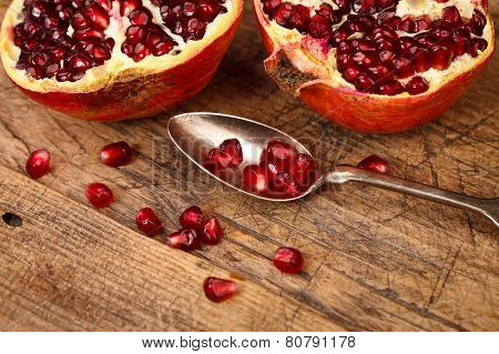 Grenadine Seeds With Teaspoon