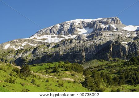 Bisaurin Peak in the Pyrenees, Aragues Valley, Aragon, Huesca, Spain.