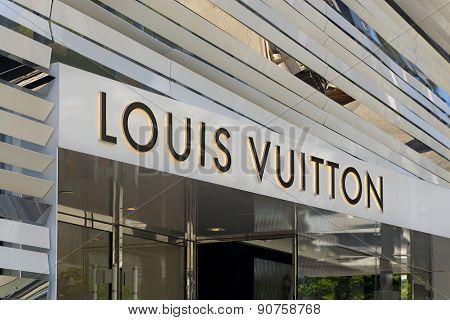 Louis Vuitton Retail Store Exterior
