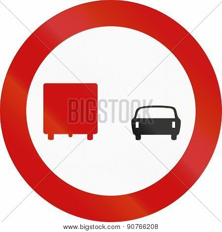 No Overtaking By Lorries In Greece