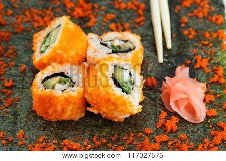 4 Pieces Of Sushi Roll And Caviar On Nori