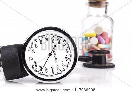Black Sphygmomanometer And Stethoscope