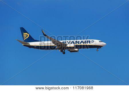 Ryanair Boeing 737 is prepared to land in Tenerife South airport