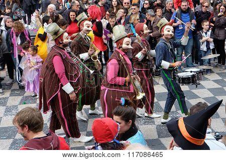 Nice Carnival Masked Band