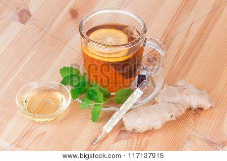Lemon Tea With Mint