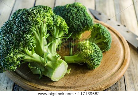fresh pieces of broccoli