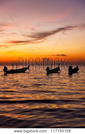 South China Sea Sunrise Boat  And Sea In Thailand Kho