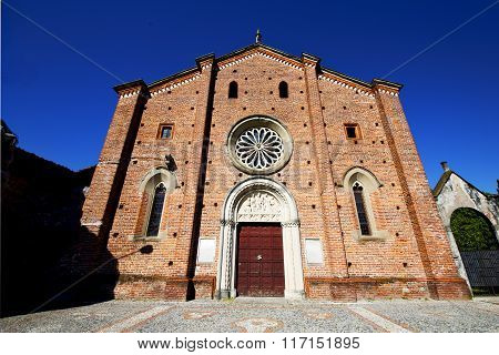 Olona Varese Italy The Old Wall Terrace Church Bell Tower Plant