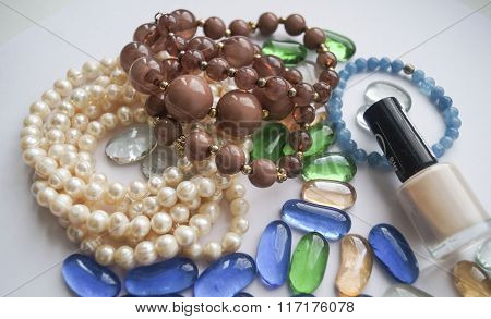 .necklace Of Beads And Pearls.....