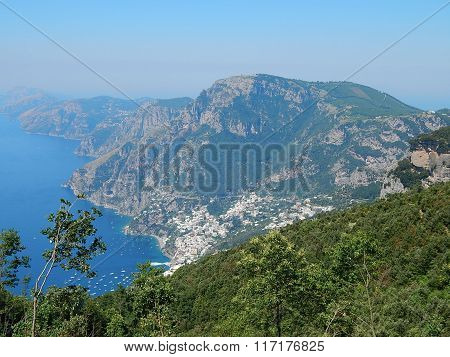 View of the sea from a height of peaks above Positano