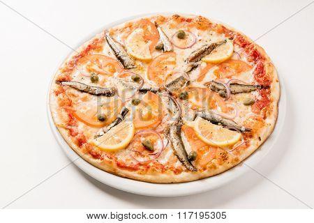 pizza with sprat
