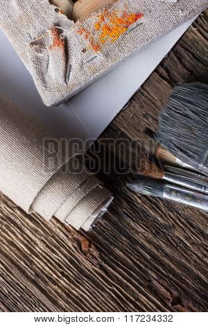Set of brushes for painting, canvas, stapler, staples, subframe