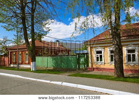 Old wooden houses in Kolomna Kremlin - Russia - Moscow region