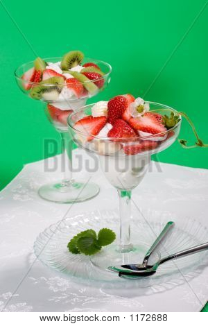 Strawberry And Kiwi Dessert