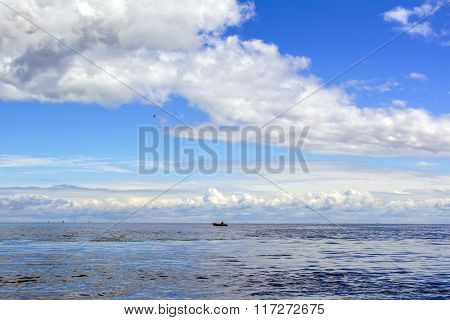 Beautiful landscape with sky, clouds and horizon line of the sea.