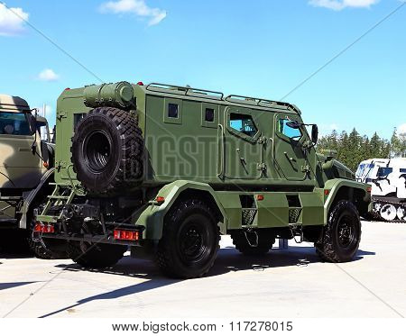 MOSCOW REGION  - JUNE 17:Military passenger armored crossover of green color   -  on June 17, 2015 in Moscow region