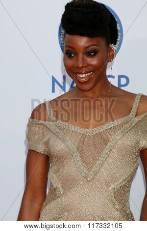 LOS ANGELES - FEB 5:  Erica Ash at the 47TH NAACP Image Awards Arrivals at the Pasadena Civic Auditorium on February 5, 2016 in Pasadena, CA